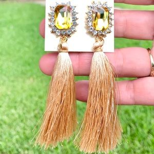 SOLD OUT ✨NEW✨Gold Fringe Earrings!